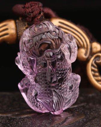 通透干净天然紫水晶雕刻麻点貔貅吊坠