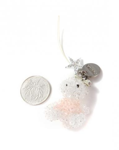 白/粉红色动物图形水晶吊坠