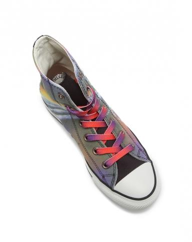 男款手绘风格印花彩色中帮硫化鞋