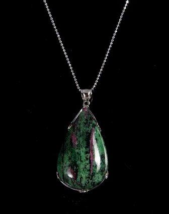 女款独特天然花纹圆润水滴红宝(黝帘)石吊坠紫红/绿色