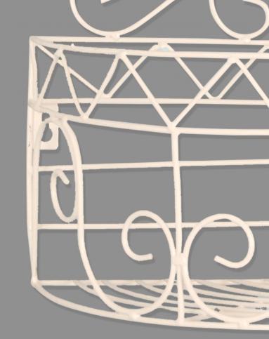 白色欧式铁艺壁挂置物架